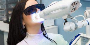 Sbiancamento denti laser led